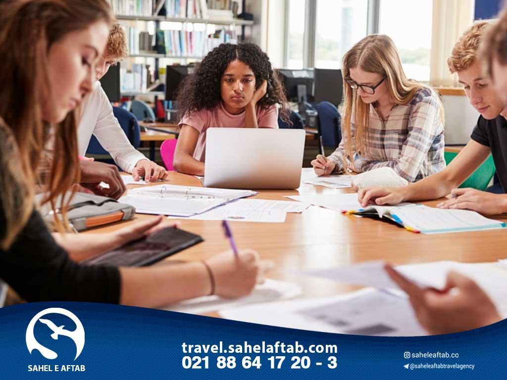 تحصیل در مدارس یونان